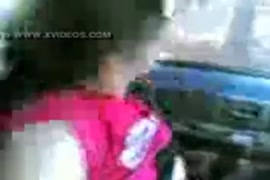Arabo cockslut pompino e visualizzare la figura in auto www.arab-videosx.com